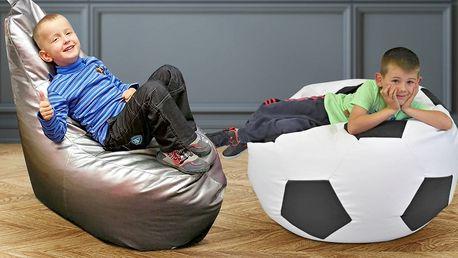 Sedací fotbalové míče a XXXL vaky pro lenošení