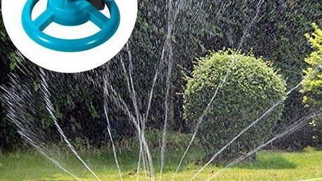 Praktický zahradní otočný zavlažovač