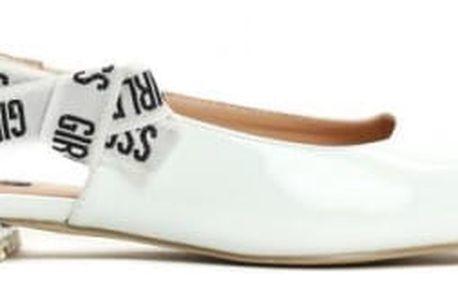 Dámské bílé sandály Madelaine 9182