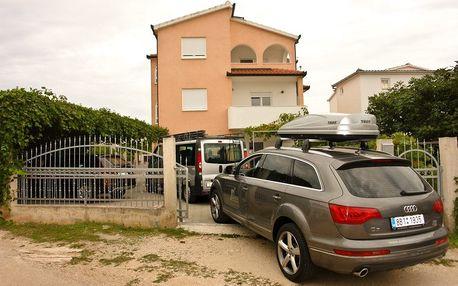 Chorvatsko - Šibenik na 6 až 8 dní, bez stravy s dopravou vlastní 120 m od pláže