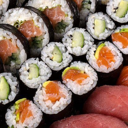 18 či 30 kusů sushi třeba i s rozvozem