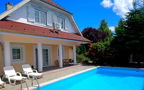 3–4denní pobyt pro 2 s neomezeným vstupem do bazénu a slevami u Balatonu v Maďarsku