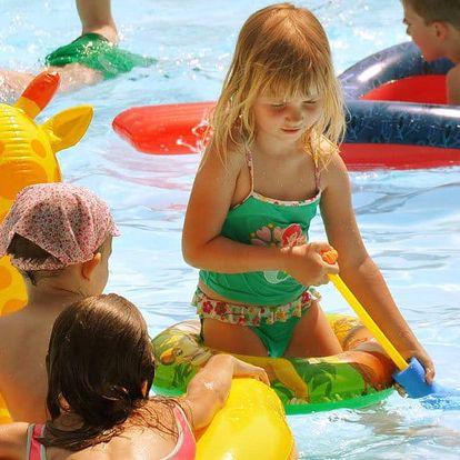 Babí léto s rodinnou v rekreačním areálu u vody