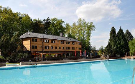 Hluboká nad Vltavou: Sporthotel Barborka