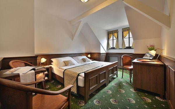 Dvoulůžkový pokoj s manželskou postelí - Vedlejší budova2