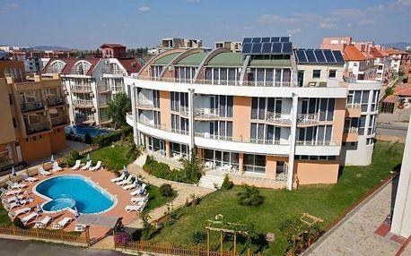 Bulharsko - Nesebar na 8 dní, polopenze nebo snídaně s dopravou letecky z Prahy 20 m od pláže