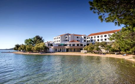 Chorvatsko - Severní Dalmácie na 7 až 8 dní, polopenze s dopravou vlastní 30 m od pláže