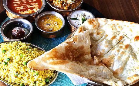 Indické menu pro dva: vege i kuřecí speciality