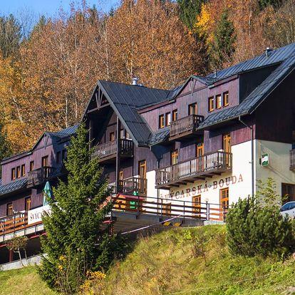Podzim ve Špindlu: polopenze, sauna i vířivka