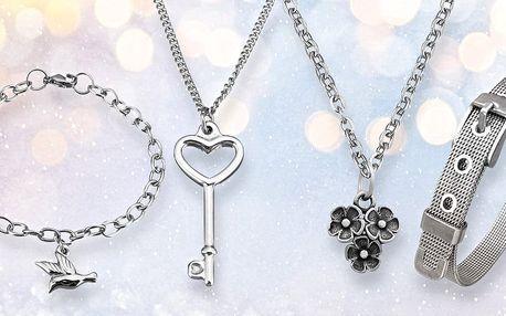 Výběr krásných náhrdelníků a náramků