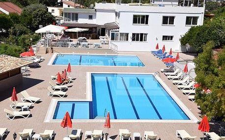 Kypr - Severní Kypr na 8 dní, polopenze nebo snídaně s dopravou letecky z Brna nebo Prahy 5 km od pláže