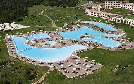 Itálie - Sardinie / Sardegna na 5 až 8 dní, polopenze nebo snídaně s dopravou letecky z Prahy přímo na pláži