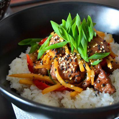 Asijské menu: polévka Pho Bo a kuřecí Teriyaki