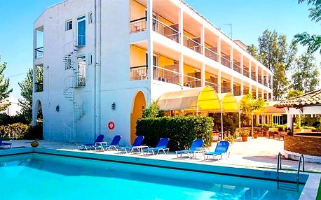Řecko - Korfu na 8 až 9 dní, light all inclusive s dopravou letecky z Brna nebo Prahy 300 m od pláže