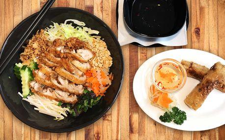 Bun Ga Nam Bo a jarní závitky na Praze 1 v restauraci Chopstix