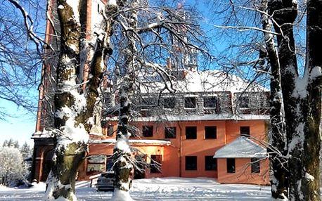Pobyt s polopenzí v penzionu Vyhlídka s rozhlednou na 3 nebo 6 dní v Podkrkonoší.