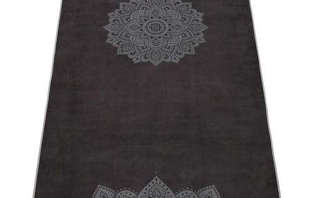 Černý ručník na jógu Yoga Design Lab Hot Mandala, 340 g