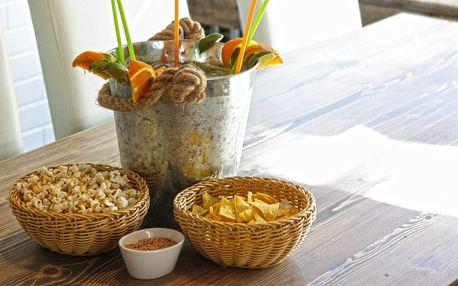 Maxi Mojito nebo Cuba Libre s nachos a popcornem