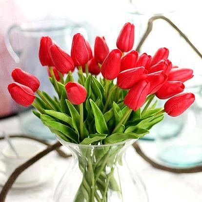 Kytice tulipánů vykouzlí ve Vašem domově svěží a romantickou atmosféru.