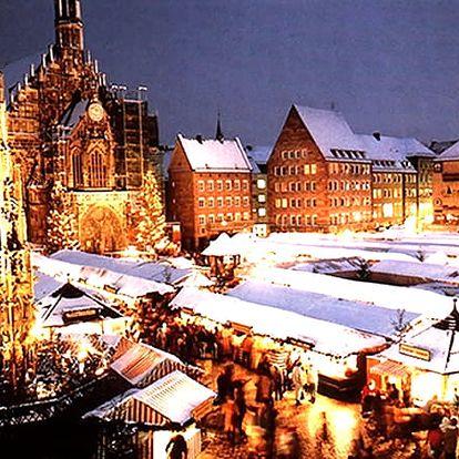 Zájezd pro jednoho do Adventní Vídně. Adventní trhy, svařák, tradiční suvenýry, sladké pečivo.