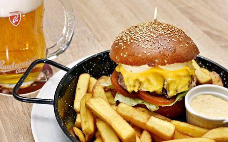 Hovězí burger s pivem Budweiser Budvar