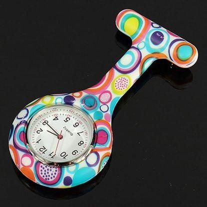 Nápadité kapesní hodinky pro zdravotní sestry