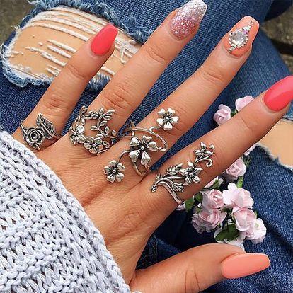 Sada květinových vintage prstenů - 4 kusy - dodání do 2 dnů