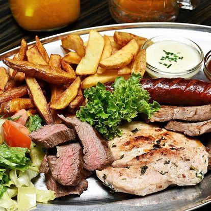 Parádní mix grill: 4 druhy masa, přílohy i pití