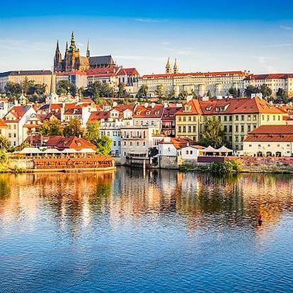 Prohlídka Prahy s kvalifikovaným průvodcem. Poukaz je vhodný i jako dárek.
