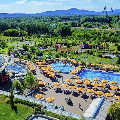 Aquaworld Resort Budapešť propojený s aquparkem a polopenzí