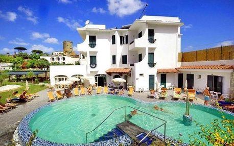 Itálie - Ischia na 12 dní, polopenze s dopravou letecky z Prahy 600 m od pláže