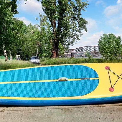 Proplujte na paddleboardu přes 3 pražské jezy