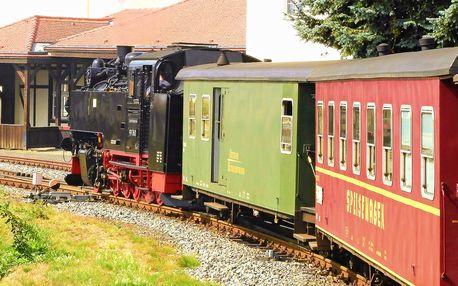 Jednodenní výlet parním vlakem ke skalnímu hradu