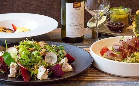 Privátní wellness a tříchodové menu s lahví vína
