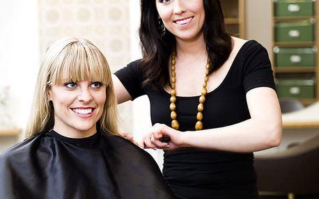 Kadeřnický balíček, barvení vlasů se střihem a závěrečnou péčí v Relaxačním studiu Kenaz.
