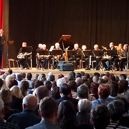 Vstupenka na koncert velikánů swingové hudby - J. Ježek - G. Miller - G. Gershwin v Brně.