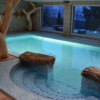 Luxusní ubytování v Hotelu Podlesí s bazénem, vířivkou či masáží