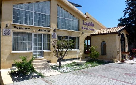 Kypr - Northern Cyprus na 8 dní, polopenze nebo snídaně s dopravou letecky z Prahy