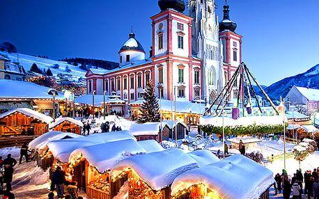 """Zájezd na čertovské adventní trhy v Mariazellu. Tradiční """"Běh čertů"""", voňavé trhy, živé jesličky aj."""