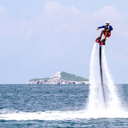 Vodní dobrodružství na Flyboardu