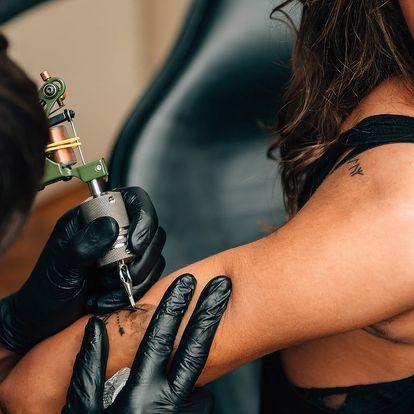 Tetování nebo úprava stávajícího v centru Prahy
