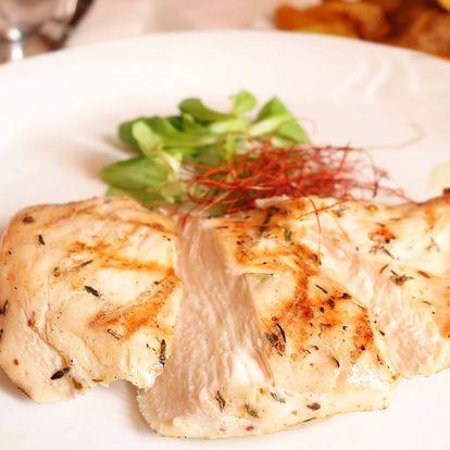 Grilované maso s omáčkou a přílohou pro 2 osoby