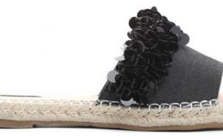 Dámské černé pantofle Wikkia 7254