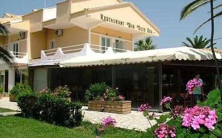 Řecko - Korfu na 4 až 12 dní, polopenze nebo snídaně s dopravou letecky z Prahy 150 m od pláže