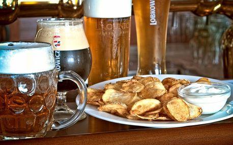 Piva ze 14 píp a chipsy s česnekovou omáčkou