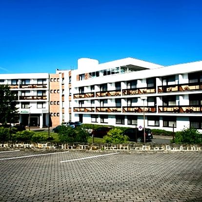 Wellness pobyt v lázních Luhačovice v 3* hotelu Adamantino pro dva s polopenzí, bazén, sauna aj.