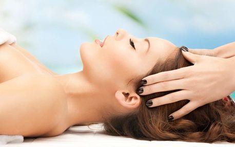 Masáž dekoltu, obličeje a hlavy v délce 45 minut