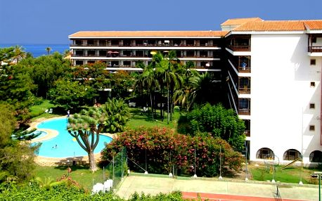 Kanárské ostrovy - Tenerife na 6 až 8 dní, polopenze, snídaně nebo bez stravy s dopravou letecky z Budapeště 700 m od pláže