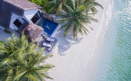 Maledivy - Severní Atol Male na 10 dní, polopenze nebo snídaně s dopravou letecky z Prahy přímo na pláži