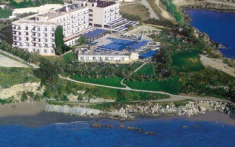 Kypr - Paphos na 8 dní, all inclusive nebo polopenze s dopravou letecky z Prahy přímo na pláži